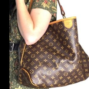 🔥DELIGHTFUL MM🔥 Louis Vuitton discontinued